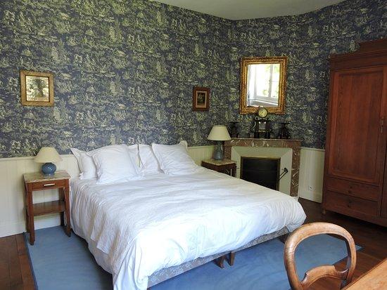 Le domaine de mestre hotel fontevraud l 39 abbaye france for Chambre d hote fontevraud