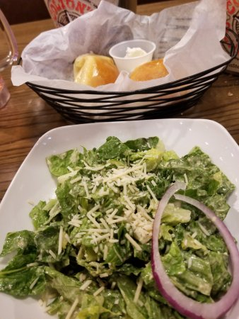 Collinsville, IL: Fresh Salads & tasty biscuits