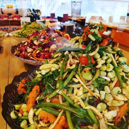 Salads, GF & Vegan options