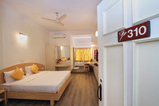 Vellara Hotel