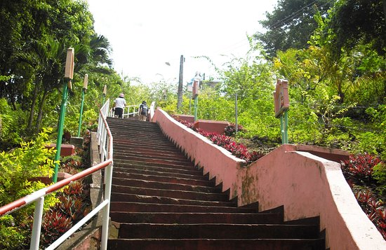 Maasin, Filippine: lots of steps