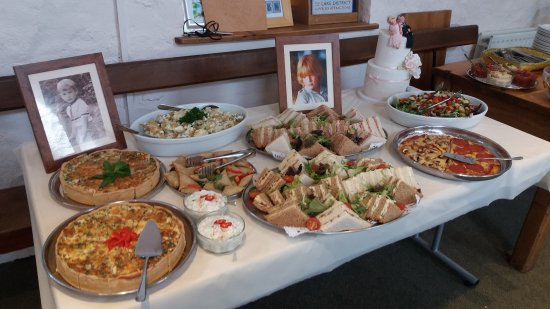 Staveley, UK: One of the wedding buffet tables