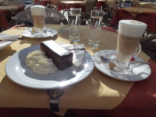 Gmund, Austria: The notorious Sachertorte and Latte Macchiato