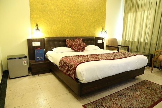 capital o 925 hotel central park 17 chandigarh hotel reviews rh tripadvisor in