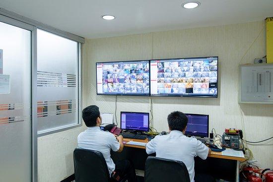 Alexander Hotel Bangkok : 24 Hour CCTV