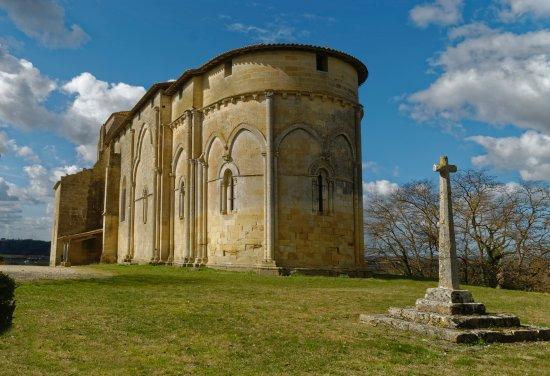 Castillon-la-Bataille, France: chevet