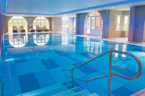 Swimming Pool at Richmond Witney Wellness Spa