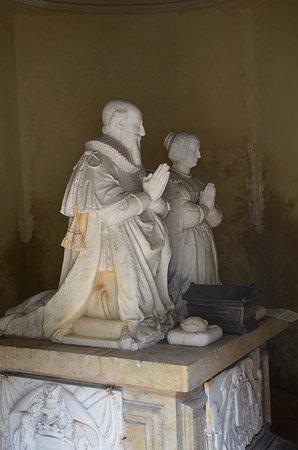 Nogent-le-Rotrou, ฝรั่งเศส: le tombeau