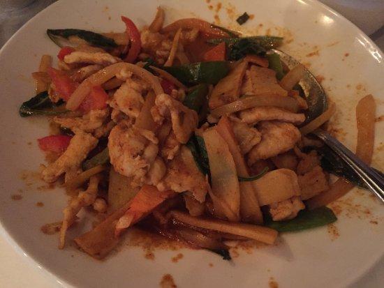 Chi thai chinese restaurant 5577 north hamilton road for Asian cuisine columbus ohio