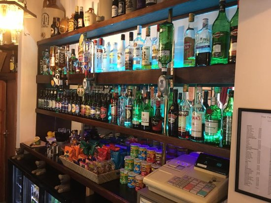 Petworth, UK: A wider selection of beer, wine and spirits