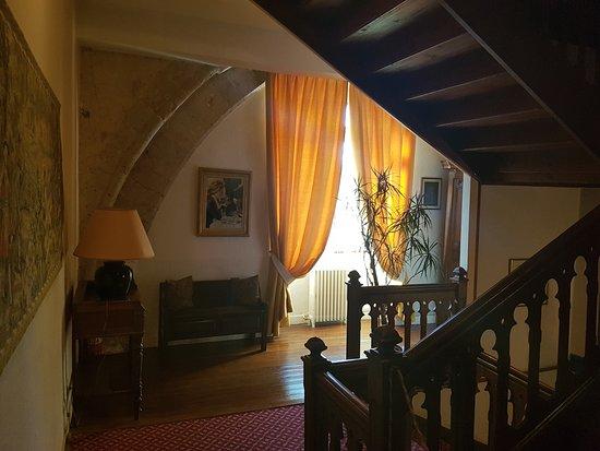 Bricquebec, Франция: interieur