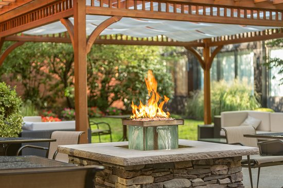 Andover, MA : Outdoor Firepit