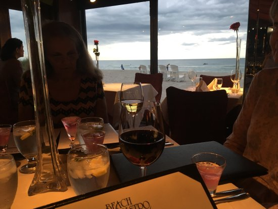 Beach Bistro: Our dinner view. Beautiful even with the clouds!