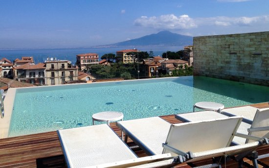 Hotel Plaza: The Rooftop Infinity Pool