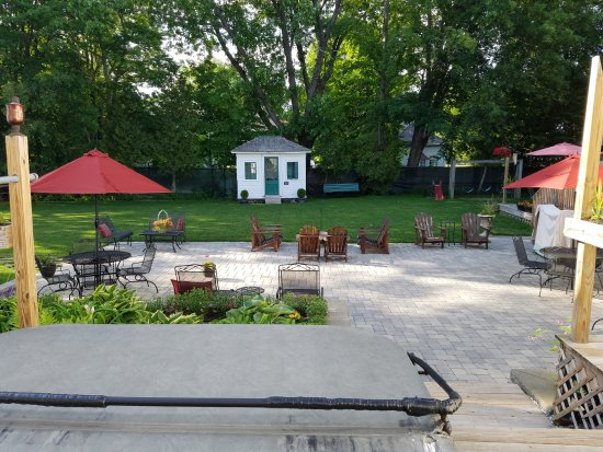 Patio Fire Pit Hot Tub Picture Of Cranmore Inn North