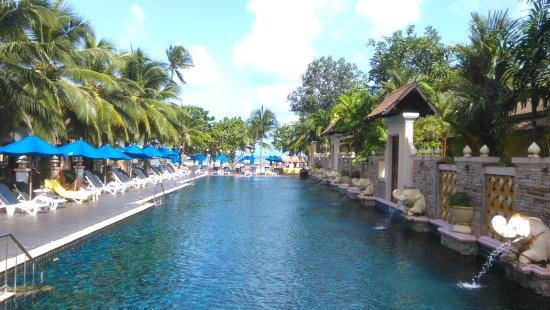 Centara Seaview Resort Khao Lak: IMAG3295_large.jpg
