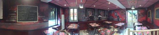 Jargeau, ฝรั่งเศส: Nouvelle décoration ! Vraiment magnifique, un intérieur à couper le souffle vraiment stupéfiant.