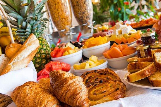 Hotel West End: Buffet petit-déjeuner