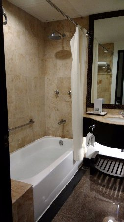 Vivere Hotel: Bathroom of Business Suite