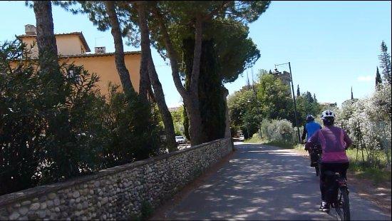 Montespertoli, Italia: E-bike pelas estradinhas da Toscana.