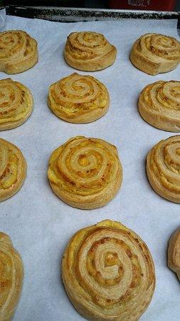 Oxford, OH: Fresh Baked Gouda Rolls