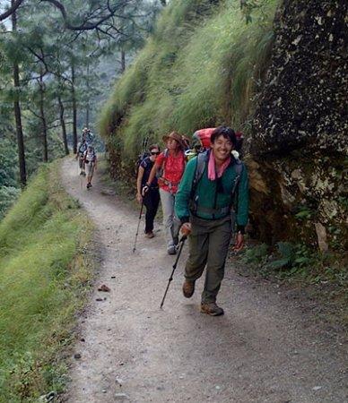 Smiling Buddah Trekking & Cultural Tours