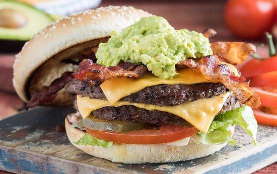 Fontana, CA: Burger