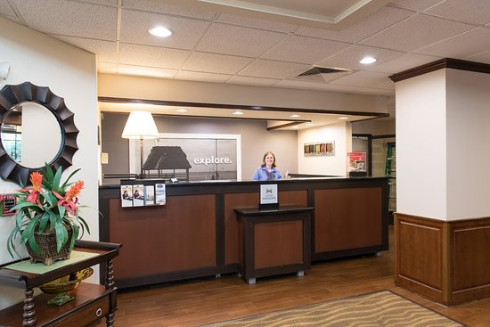 Lexington, SC: Front Desk