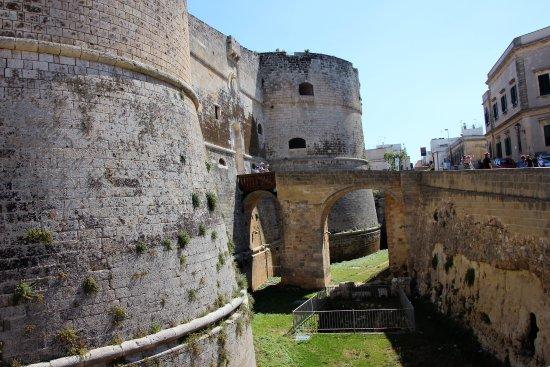 Castello Aragonese e Museo Archeologico Castro