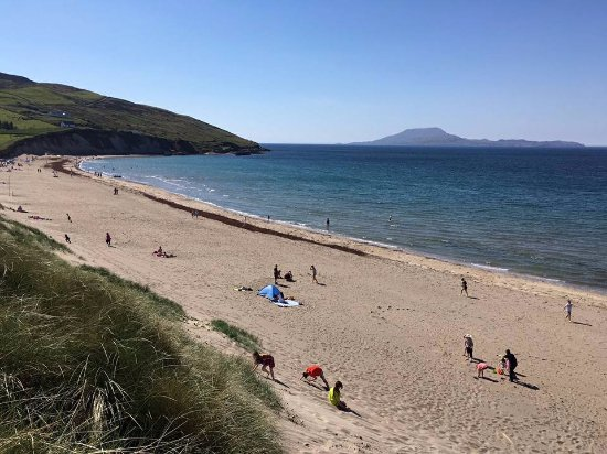 Louisburgh, Irlandia: Carramore beach (carrowmore) short walk from the house