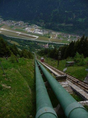Piotta, Switzerland: Vista dalla stazione superiore