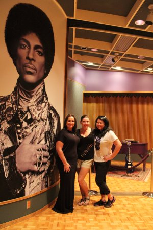 Chanhassen, MN: Your 1 photo op inside Paisley Park included in the VIP tour