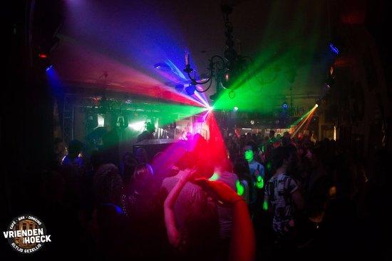 Bodegraven, The Netherlands: Feest in de late weekenduurtjes