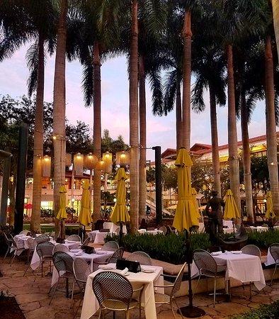Sawa Restaurant Lounge