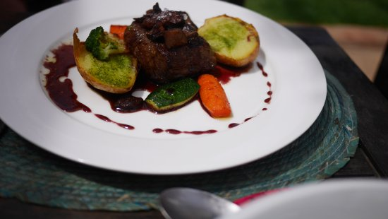 Tolox, Spanien: Steak