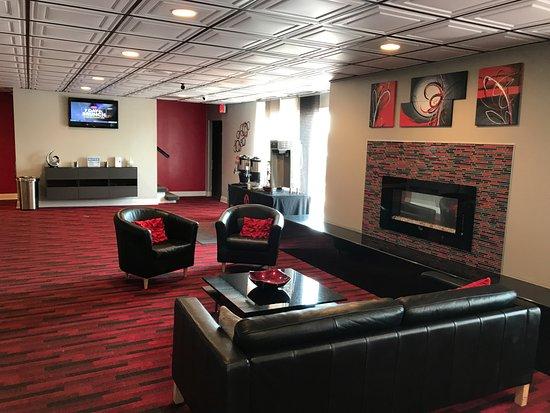Janesville, WI: Beautiful Lobby