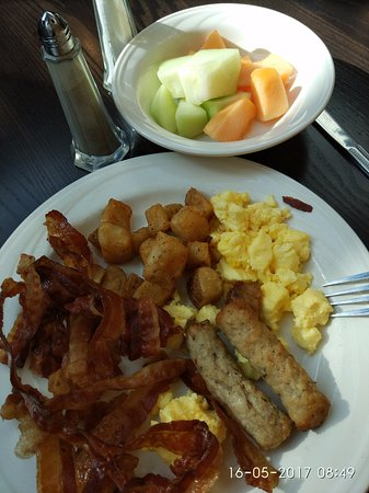 """Piscataway, NJ: """"Eat all you want """" breakfast - Lovley"""
