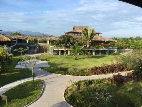 Indura Beach Golf Resort Curio Collection By Hilton Photo