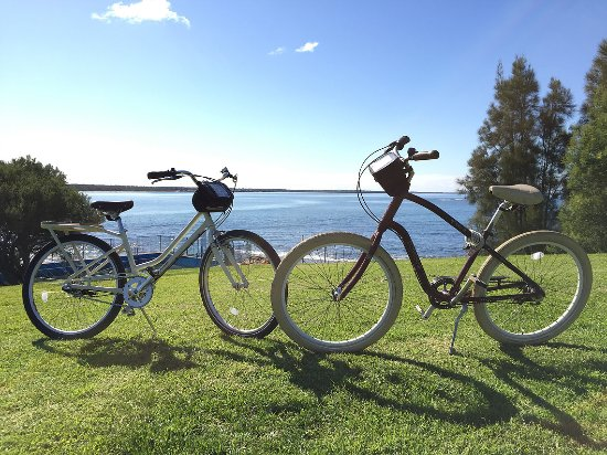 Vincentia, Australia: Free Bike use, subject to availability