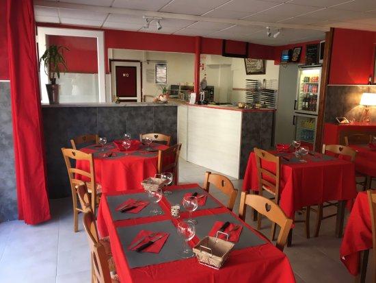 La Fouillade, France: Restaurant Pizzeria..cuisine traditionnelle sans chichis..!!