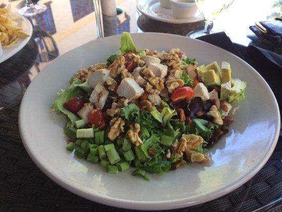 Garberville, CA: Cobb salad