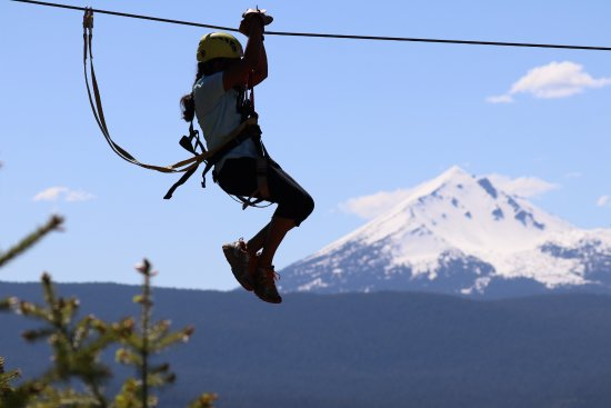 Кламат-Фолз, Орегон: Mt Mcloughlin view from Crater Lake Zipline