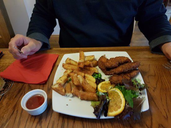 The Lobster Pot: Chicken coujons.