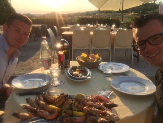 Виккьо, Италия: Auf Empfehlung unseres Hauses und ein echter Geheimtipp.  Toller service und das Essen war super