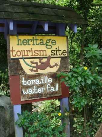 Sulphur Springs: Toraille Falls