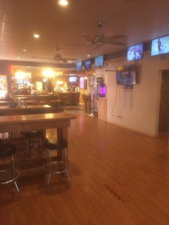 Powell, WY : 20 televisions