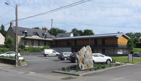 Logis Hôtel le Privilège _ La Peinière, 35220 Saint-Didier, Francia