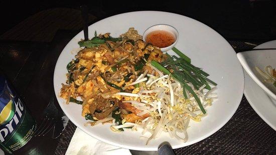 Phuket Restaurant Montreal Review