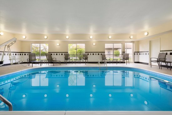 Bourbonnais, IL: Indoor Pool