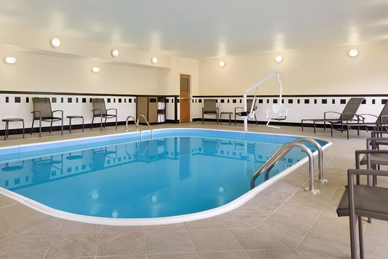 Bourbonnais, IL: Indoor Heated Pool